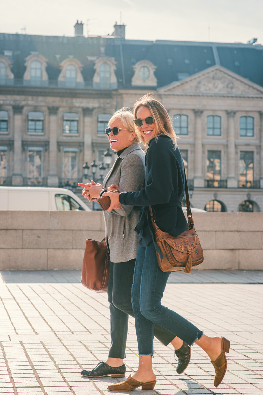 Patricia-and-Jennifer-in-Paris