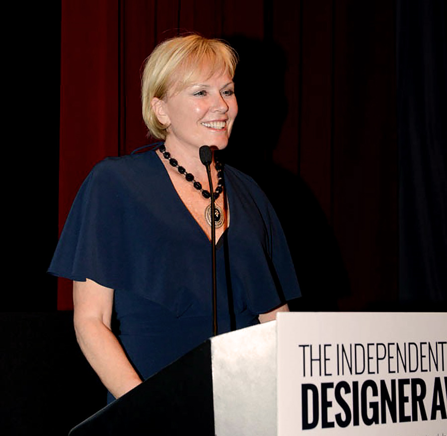 Patricia-Nash wins the IDHA 2019 Carlos Falchi Iconoclast Award